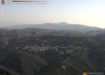 Oggi farà caldissimo anche in montagna. Qui siamo sul Monte Lusei, con una bella panoramica verso il Gennargentu e su Seui. Fonte seuimeteo.it