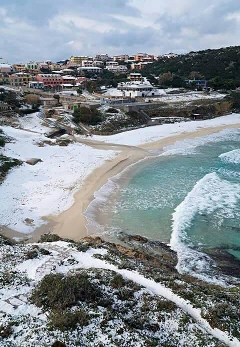 12026449 968678229837640 1009107302 n - La Sardegna sotto la neve, ricordi fotografici