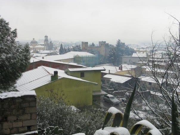 42280563 - La Sardegna sotto la neve, ricordi fotografici