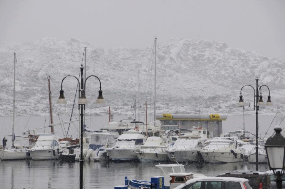 la maddalena cala gavetta neve - La Sardegna sotto la neve, ricordi fotografici