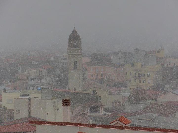 neve villacidro 2012 - La Sardegna sotto la neve, ricordi fotografici