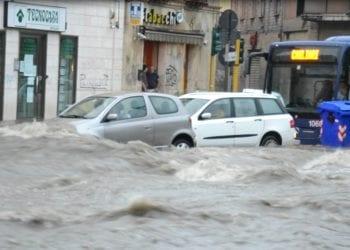 a852 350x250 - Come comportarsi in caso di alluvione? Le regole da seguire