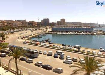 Porto di Cagliari - veduta su Via Roma e sul Porto di Cagliari. Fonte skylinewebcams.com