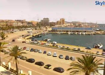 Uno scorcio del porto di Cagliari. Fonte webcam skylinewebcams.com