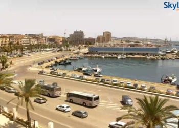 Cagliari verso il Porto e via Roma. Fonte skylinewebcams.com
