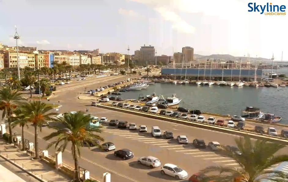 Giornata primaverile su Cagliari e in Sardegna. Fonte webcam skylinewebcams.com