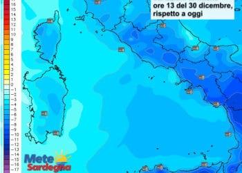 Le variazioni termiche delle ore 12 del 30 dicembre, rispetto alla stessa ora di oggi.