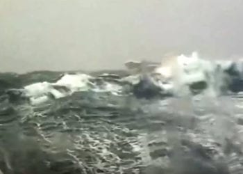 onde alissime in sardegna 350x250 - La tempesta di Scirocco, pioggia, temporali, grandine: video e immagini