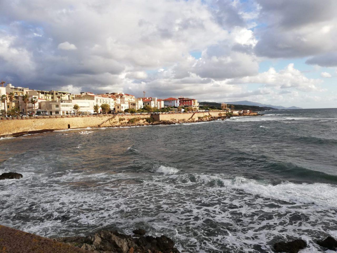 WhatsApp Image 2020 10 16 at 17.25.53 scaled - Alghero al tramonto saluta il brutto tempo. Galleria foto