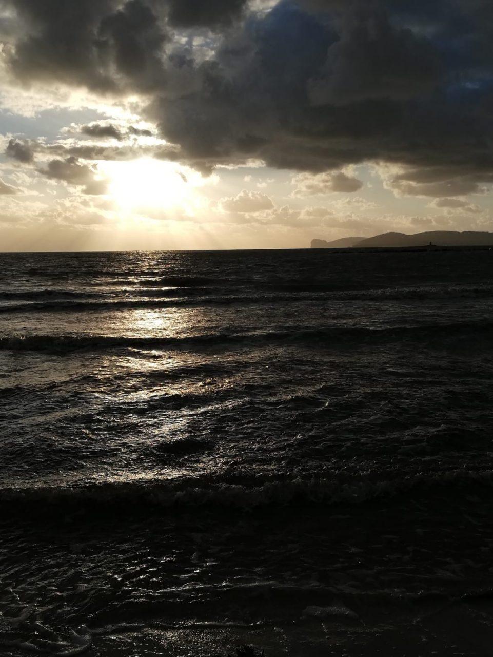 WhatsApp Image 2020 10 16 at 18.02.32 scaled - Alghero al tramonto saluta il brutto tempo. Galleria foto