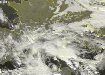 meteosat 350x250 - Clima pazzo USA: in 24 ore dai 20°C di primavera a 30 cm di neve!