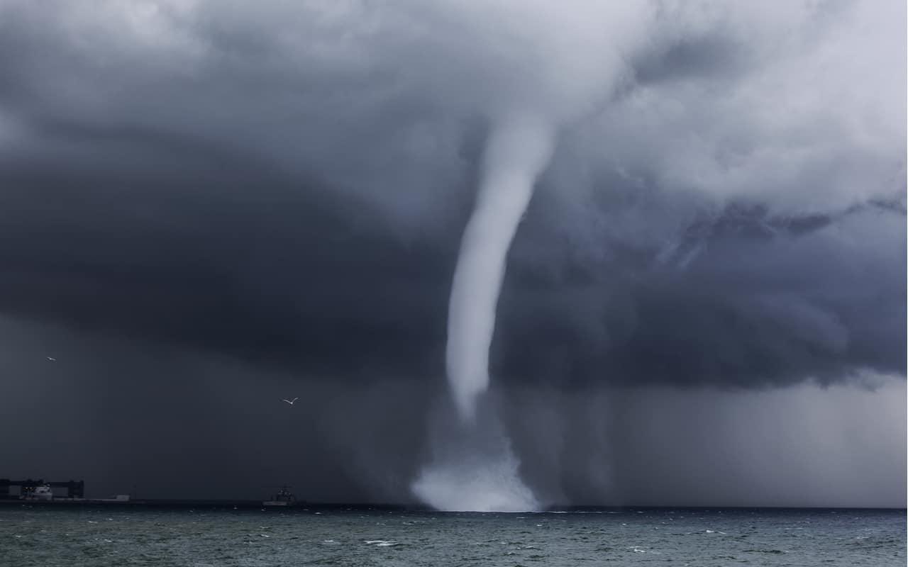 tromba marina - Meteo Sardegna, mare troppo caldo. Rischio aree cicloniche record e di TLC