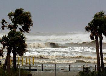 meteo 17198 350x250 - Area ciclonica influenza il meteo della Sardegna. Inizio settimana ventoso e freddo. Poi cambiamento